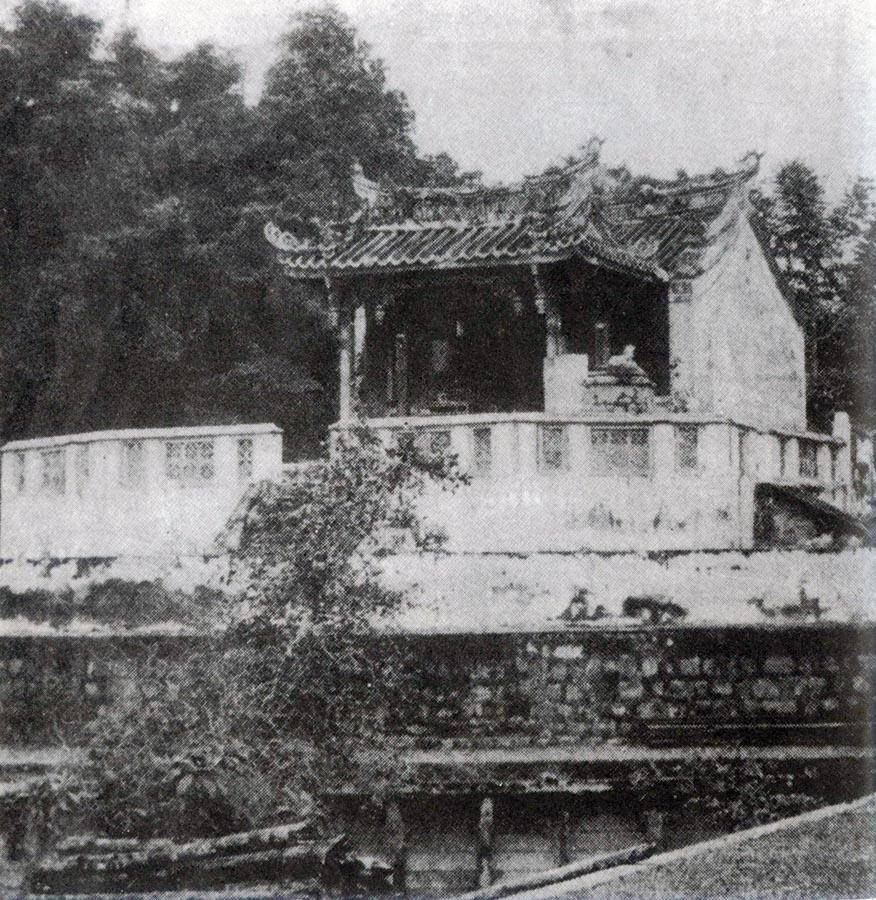 Early photo of Tua Pek Kong Temple